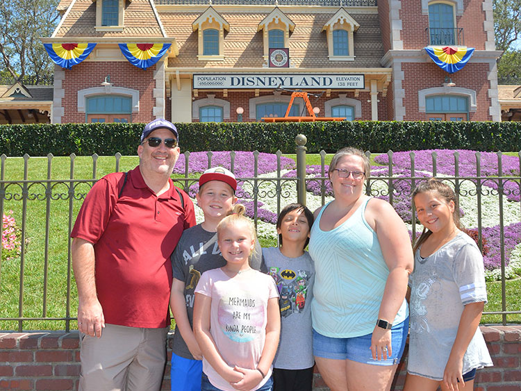 Family fun at Disneyland with our 4 youngest kiddos